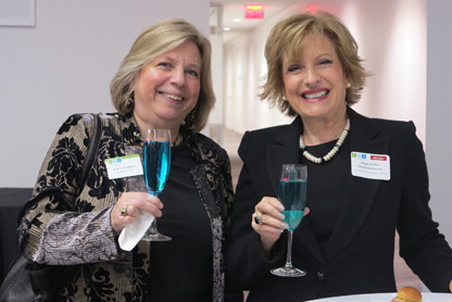 Nasdaq-News-Katrin-Damrot-and-Peggy-Decker-enjoying-DANZKA-Blue-Chip-cocktail